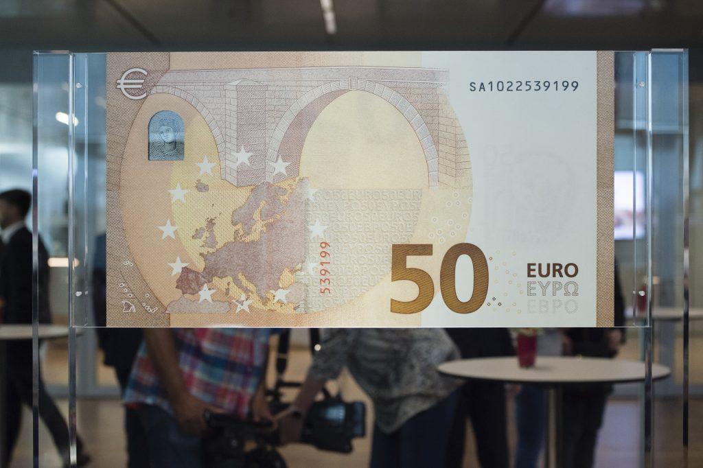 50 Euro back (4853x3230)